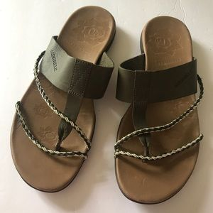Merrell Leather Olive Thong Sandals Sz 9 Flip flop